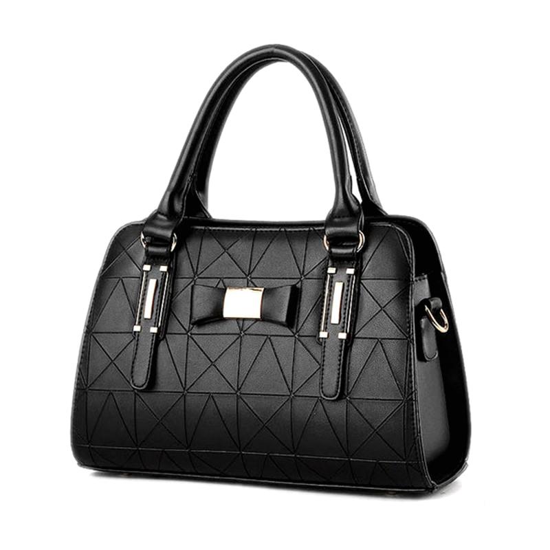 Käsilaukku-18012