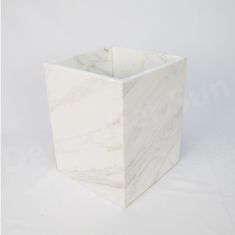 Valkoinen marmori kylpytuotteiden sarja
