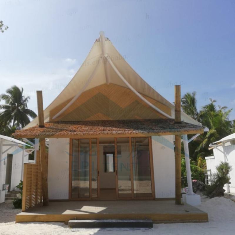 Malediivien merenrantarantahotellien majoituspaikkojen teltat