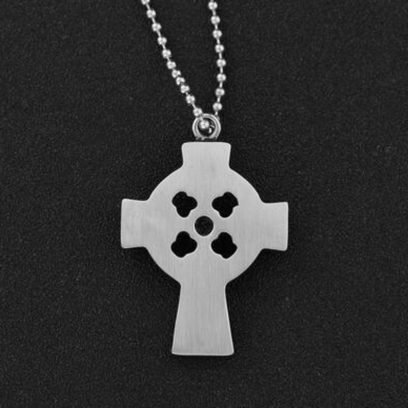 Personalisoitu kuvio, jossa miehet\ n ruostumaton teräs ristirenkaan retro muoti Diamond Cross Pendant